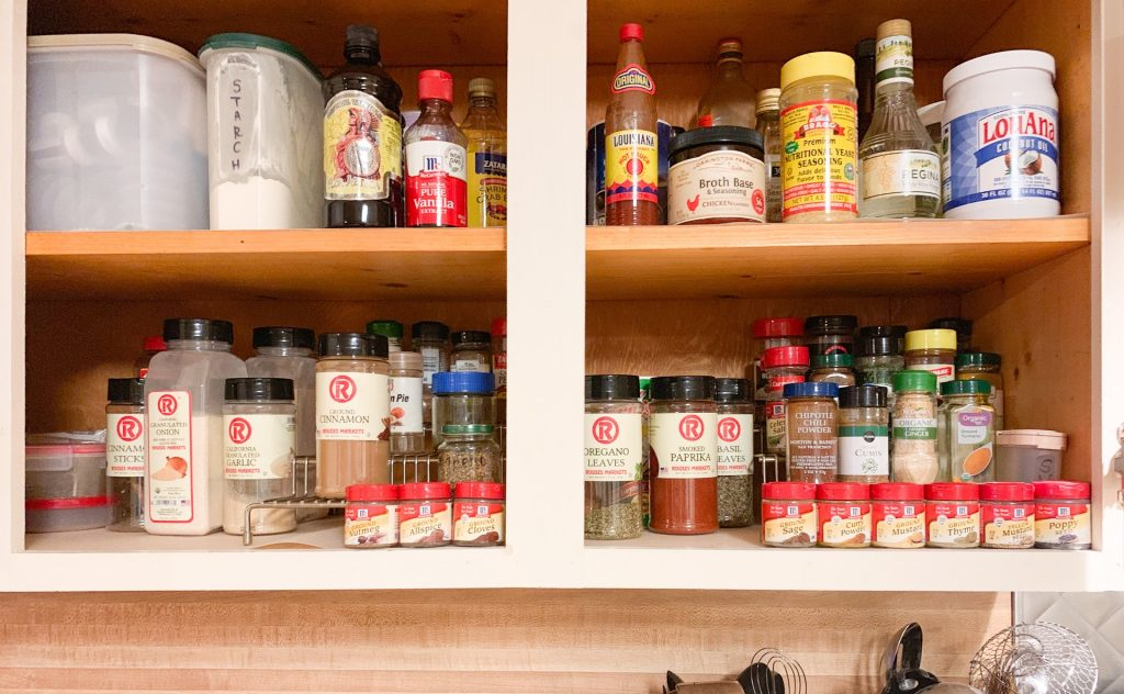 4 Tips to Organizing Your Spices