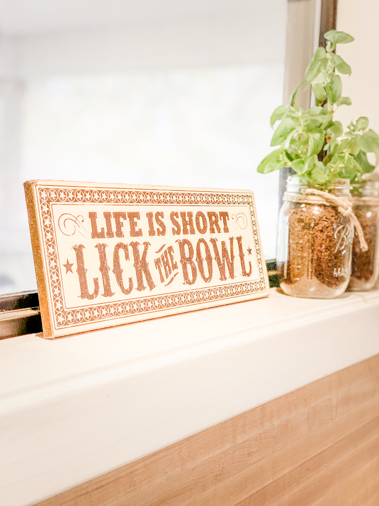Life is Short - Lick the Bowl, and Be Yourself